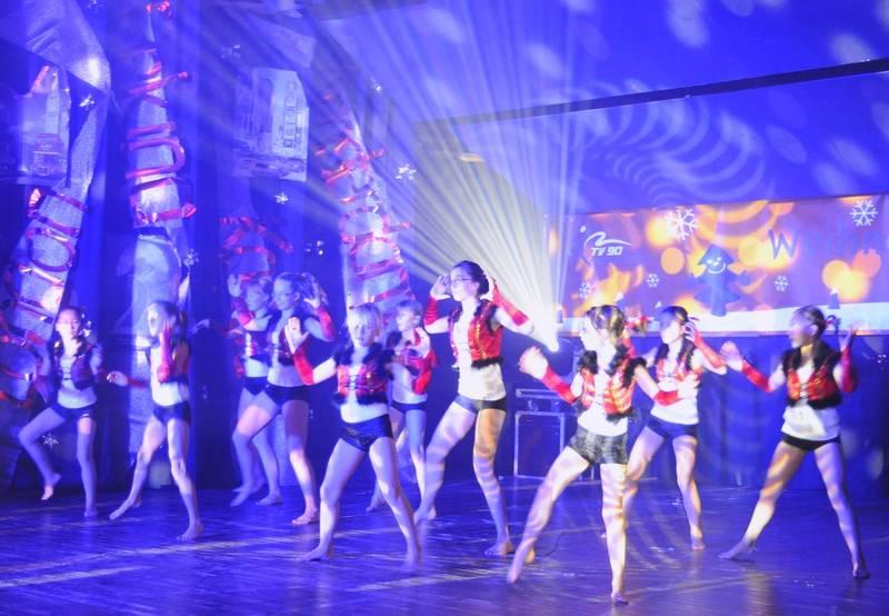 TV Blau-Gelb 90 Bad Düben: Weihnachtsshow 2011 im Heide Spa.